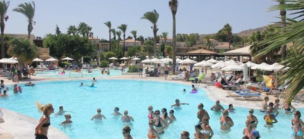 COOL Cyprus- animátori a hotelový personál – novinka!
